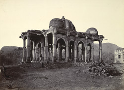 Large ruined tomb in front of the Nagina Masjid, Champaner